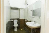 OYO 569 Z Hotel