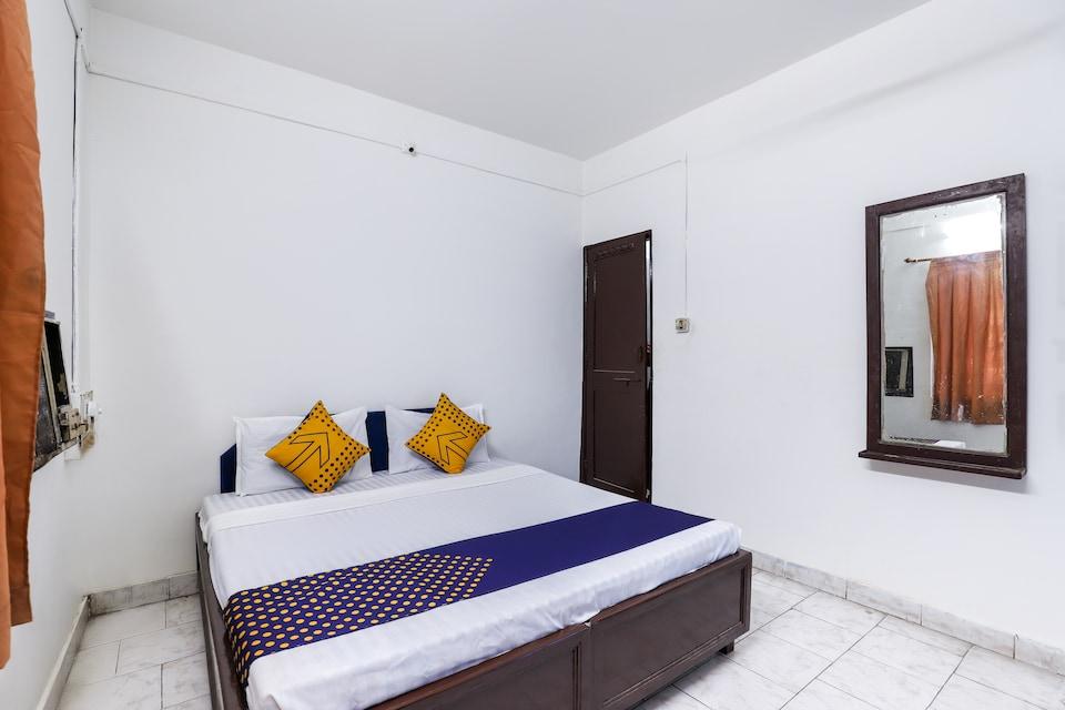 SPOT ON 65876 Shivam Guest House