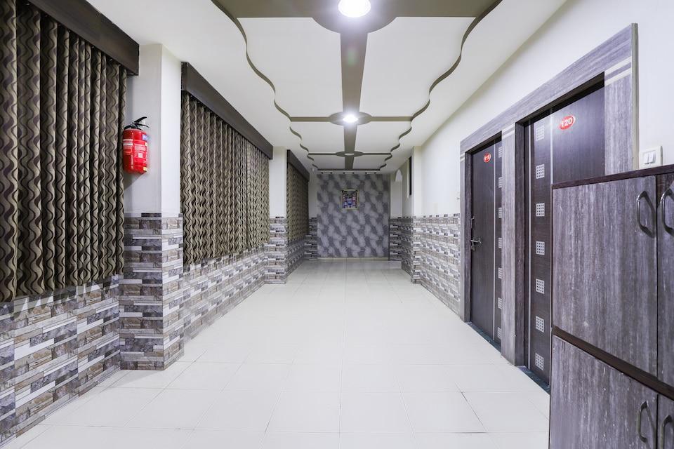 OYO 65881 Hotel Balaji