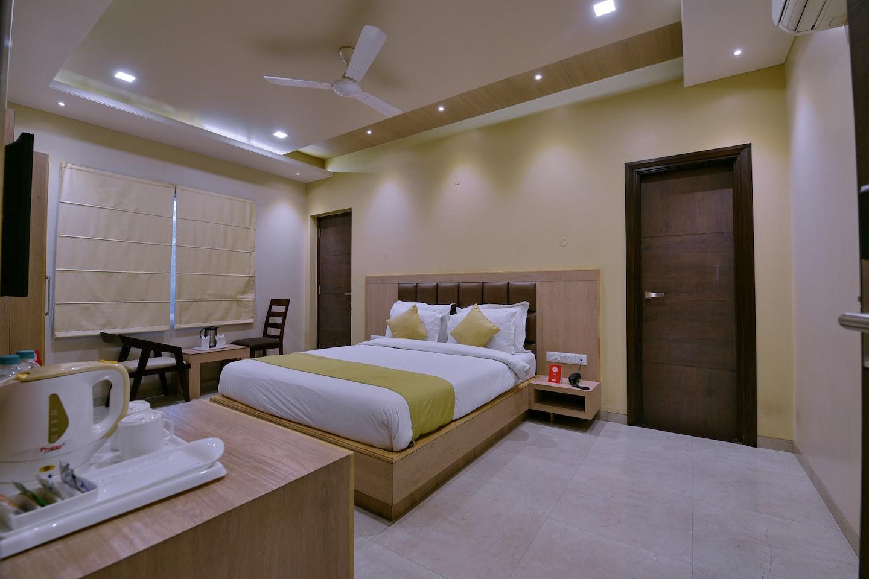 OYO 5372 Hotel Silver Pride -1