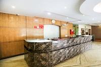 OYO 65905 Hotel Grand Shoba Inn
