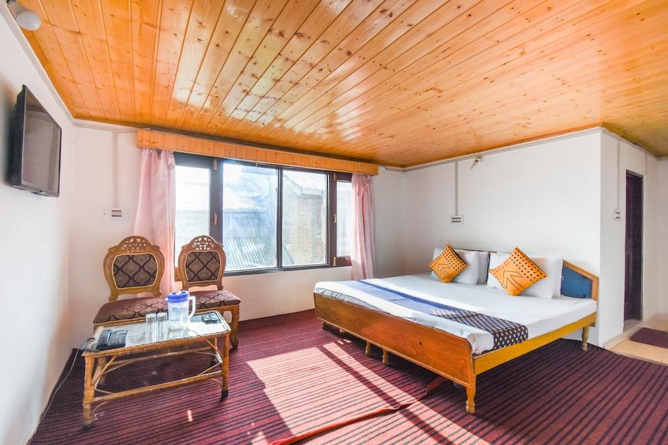 SPOT ON 65921 Kashmir House