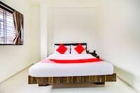 OYO 65923 Hotel Shivanand