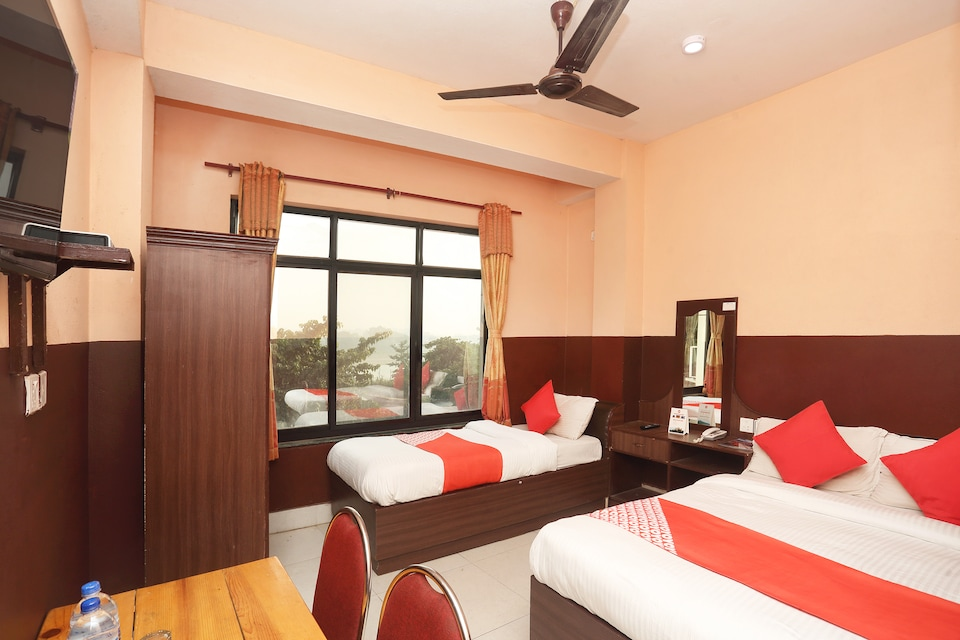 OYO 692 Hotel Mansarovar