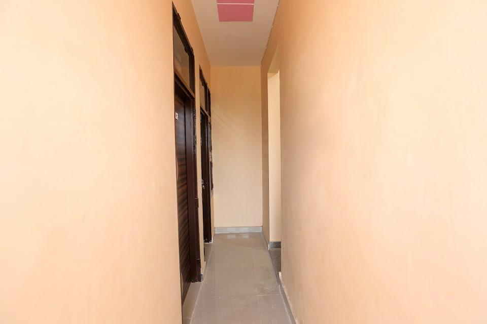 SPOT ON 65948 Royal Villa, Old Gurgaon, Gurgaon