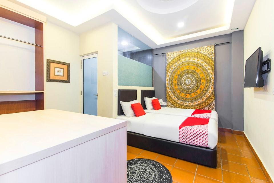 OYO 157 Norbu Hotel, Maluri, Cheras