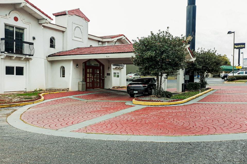 OYO Hotel Columbia SC I-20/I-26