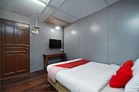 OYO 89646 Panvill Resort