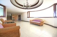OYO 471 Sunshine Apartment
