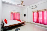 OYO 66105 Choudhury Residency  Deluxe