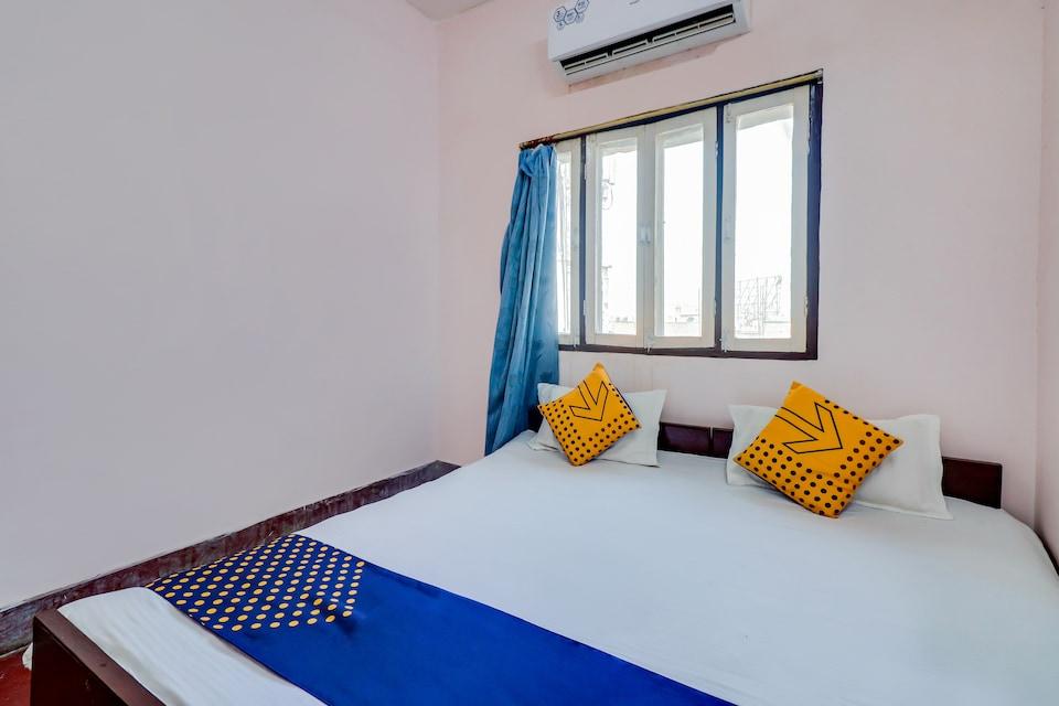 SPOT ON 66108 Hotel Awadh Kailash Inn