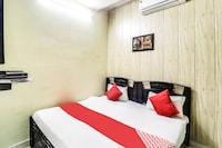 OYO 66137 Smart Guest House