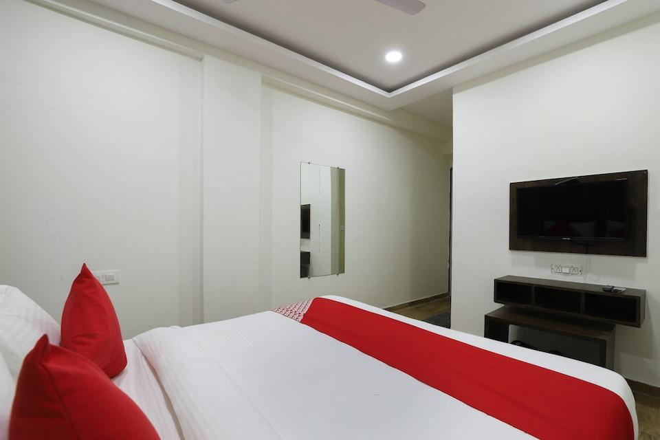 OYO 66158 Hotel New Relax Inn , Alkapuri Vadodara, Vadodara