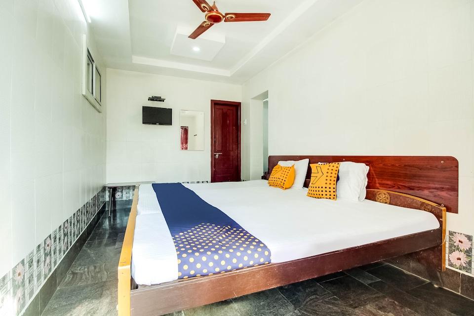 SPOT ON 66163 Hotel Star