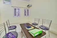 OYO 66217 Oxy Corporate Guest House 2.0