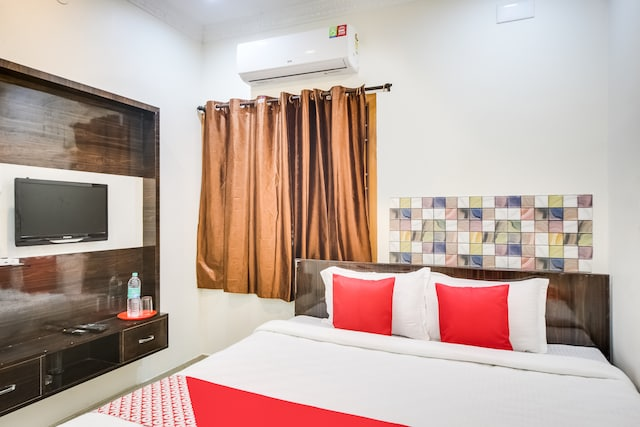 OYO 66247 Mango Resorts