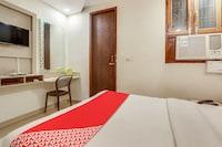 OYO 66249 Hotel Param Residency