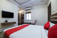 OYO 66316 Highway Grand Residency