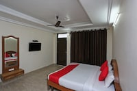 OYO 5423 Home Stay Comfort Inn