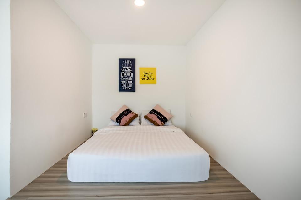 SPOT ON 89659 Jom Hotel