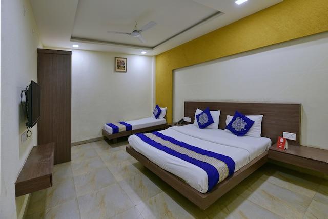 OYO 5426 Hotel SVL