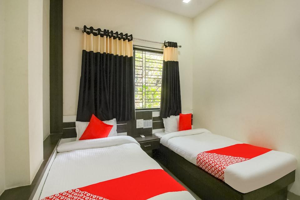 OYO 66342 Hotel Unique Inn