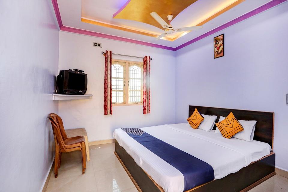 SPOT ON 66359 MK Rooms