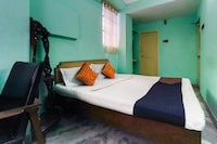 SPOT ON 66363 Hotel Rock View Lodge  SPOT