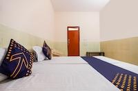 SPOT ON 66365 Aman Hotel SPOT