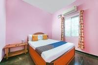 SPOT ON 66372 Sri Murugan Lodge