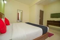 Capital O 66377 Hotel North Inn