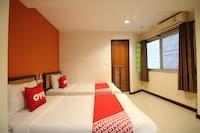 OYO 482 Pannee Lodge Khaosan