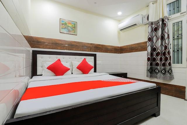 OYO 66432 Hotel Grand Vivek