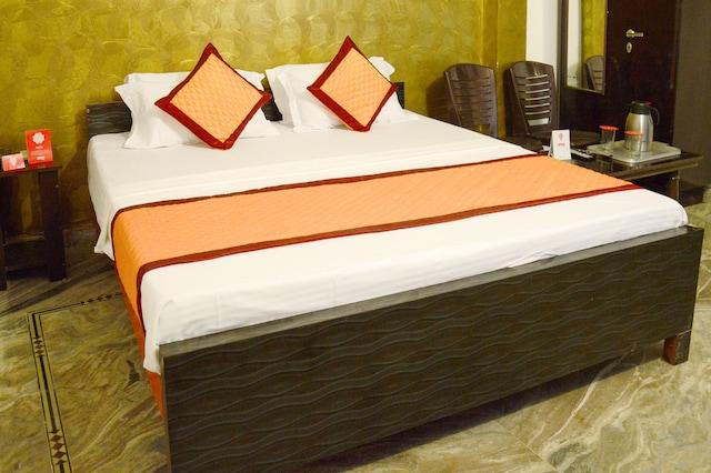 OYO 5436 RK Hotel