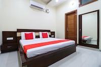 OYO 66462 Hotel Chhabra Regency