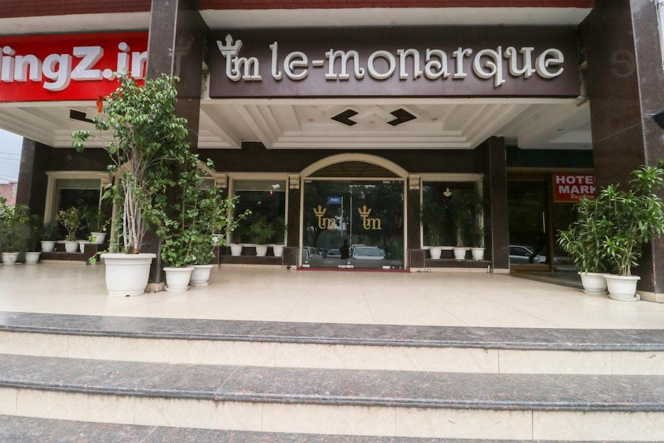Capital O 5440 Hotel Le Monarque