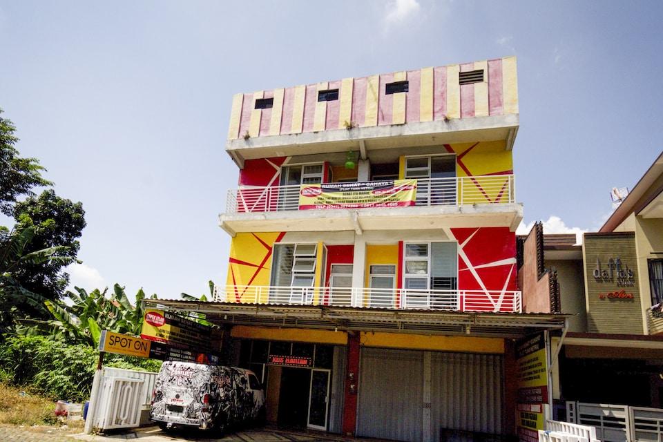 SPOT ON 2387 Bukit Cemara Tidar Family, Malang Kota, Malang