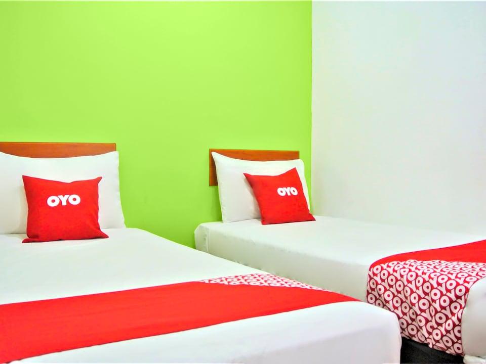 OYO 89671 Changlun Star Motel