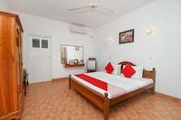OYO 490 Shangrela Beach Resort