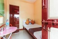 SPOT ON 66567 Sri Saravana Lodge SPOT