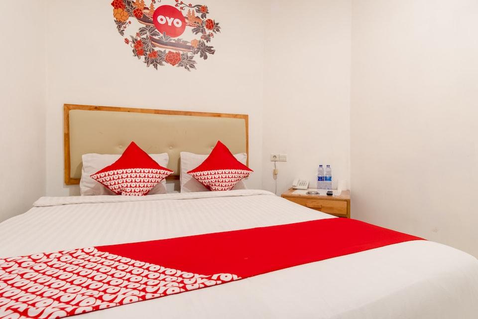 OYO 2410 Intan Hotel