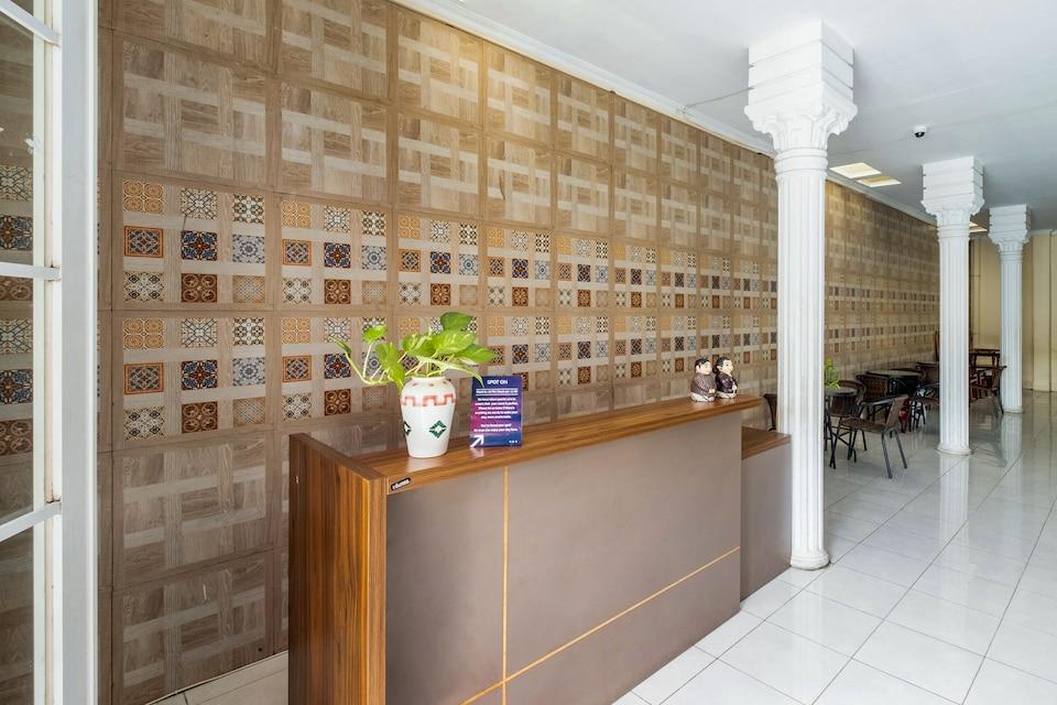 SPOT ON 2419 Rumah Nugraha Hotel Syariah