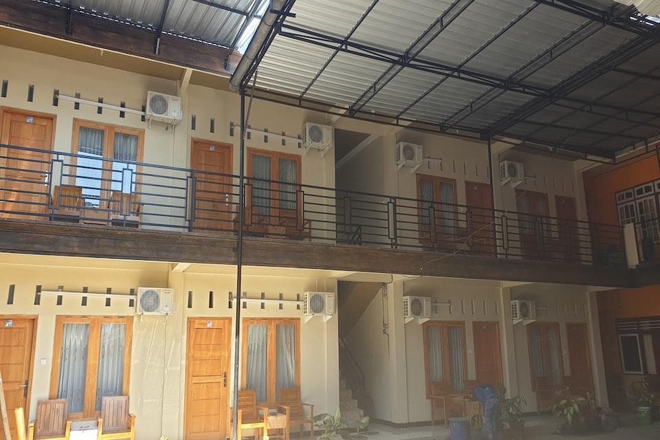 Hotel Tubalong Taliwang Syariah