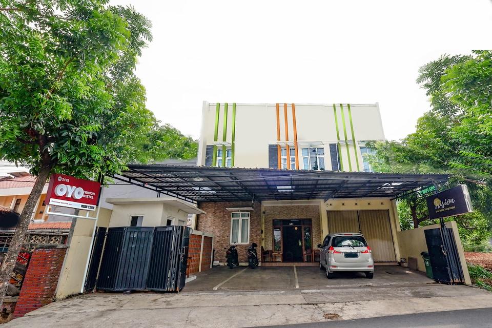 OYO 2428 Trision Hostel