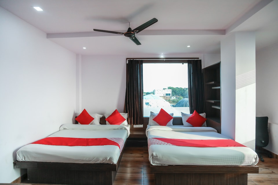 OYO 66597 The Janvi Camping & Resort