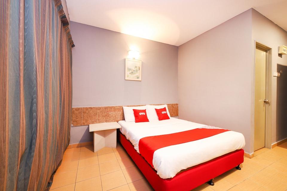 OYO 89676 Hotel 22