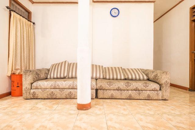 OYO Life 2449 Sandila Residence