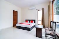 OYO 66646 Golden Residency Suite