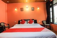 OYO 66654 Hotel Devlok