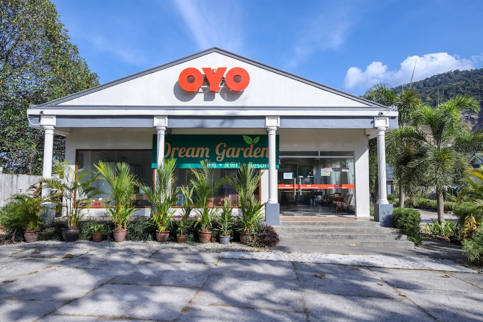 OYO 89679 Dream Garden Resort